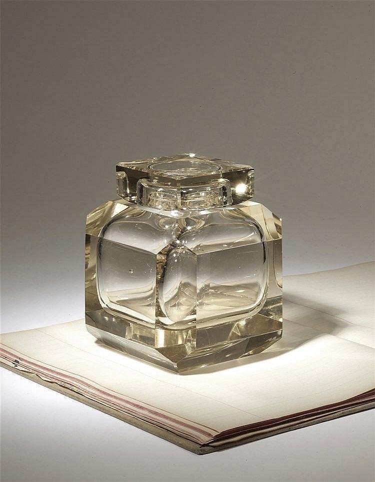 Encrier en cristal fumé des années 1920 d'influence Art déco et de for