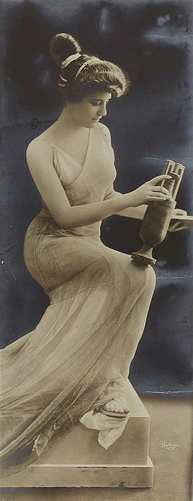 LEOPOLD EMILE REUTLINGER (1863-1937)   - DIVINITE, 1900
