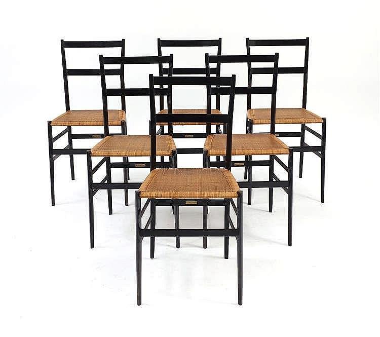 gio ponti 1891 1979 suite de six chaises leggera modele. Black Bedroom Furniture Sets. Home Design Ideas