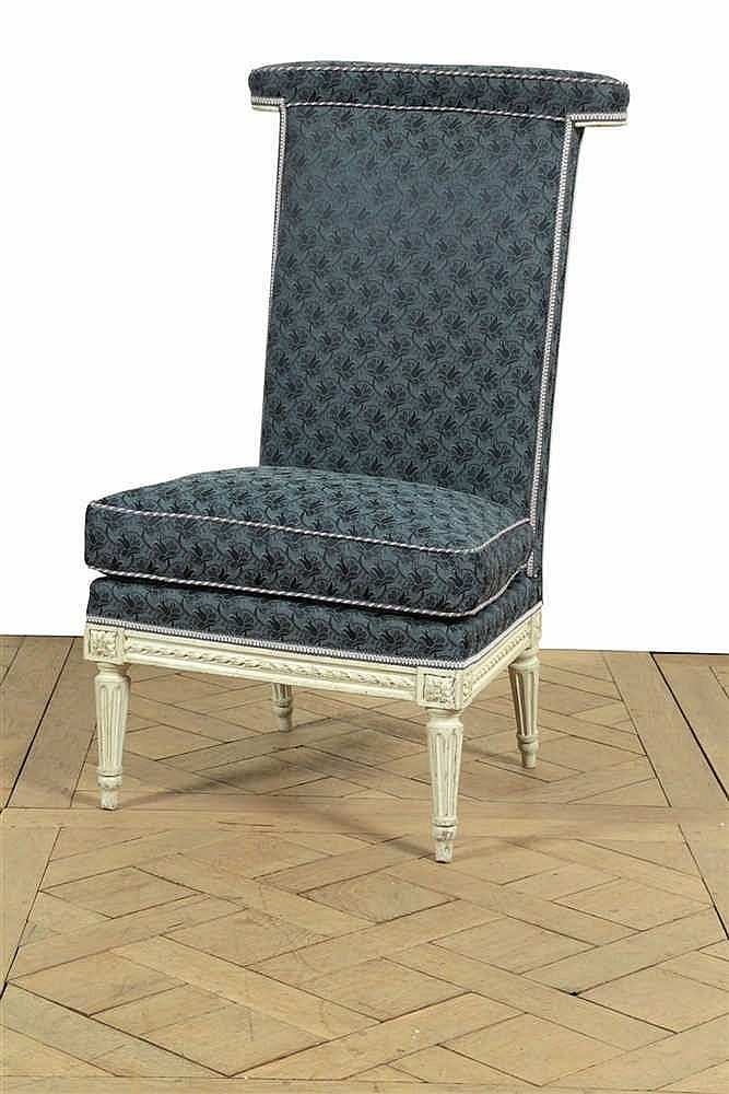 Chaise basse dite voyeuse dossier plat en bois relaqu - Chaise blanc d ivoire ...
