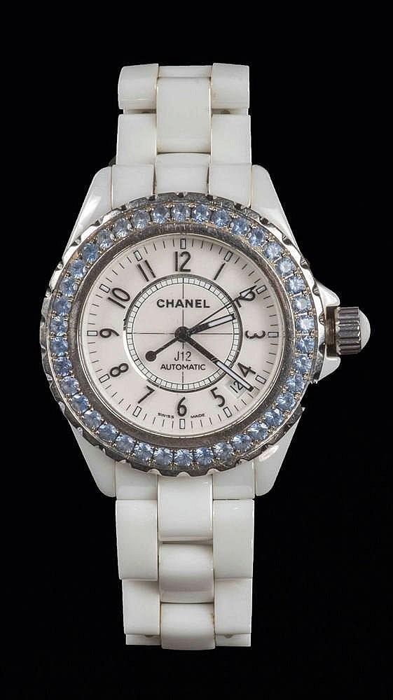 CHANEL SWISS MADE N°N.H.46308 Montre J12 en céramique blanche, cadran b