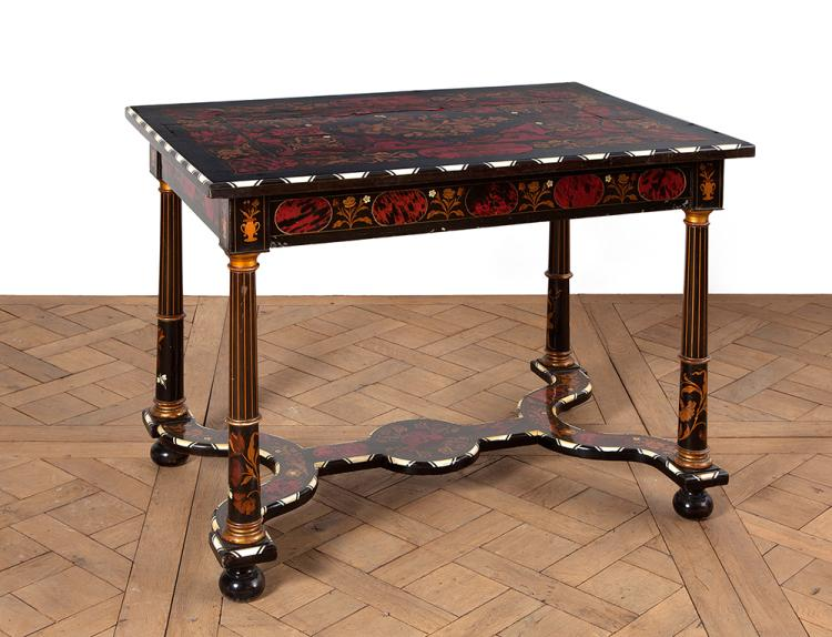 table de milieu de forme rectangulaire en bois noirci marque. Black Bedroom Furniture Sets. Home Design Ideas