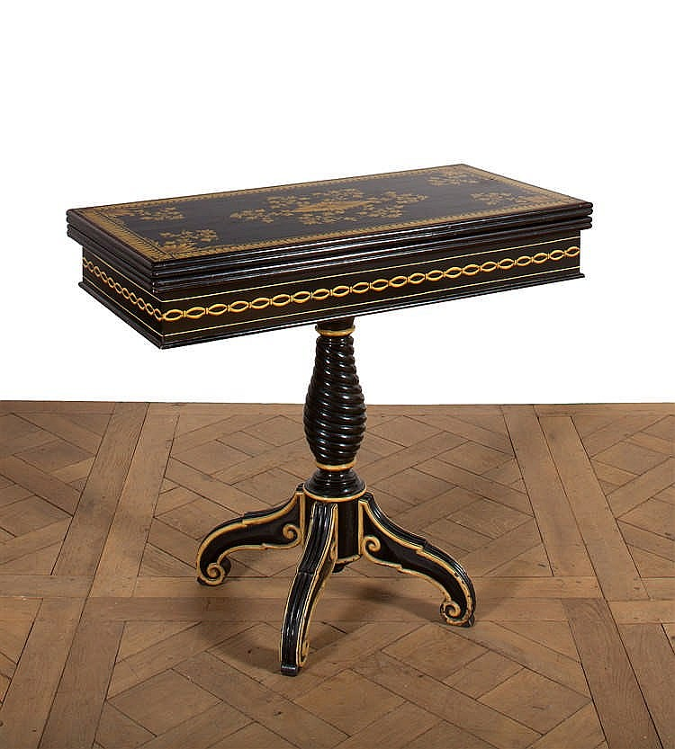table a jeux de forme rectangulaire en bois relaqu noir d. Black Bedroom Furniture Sets. Home Design Ideas