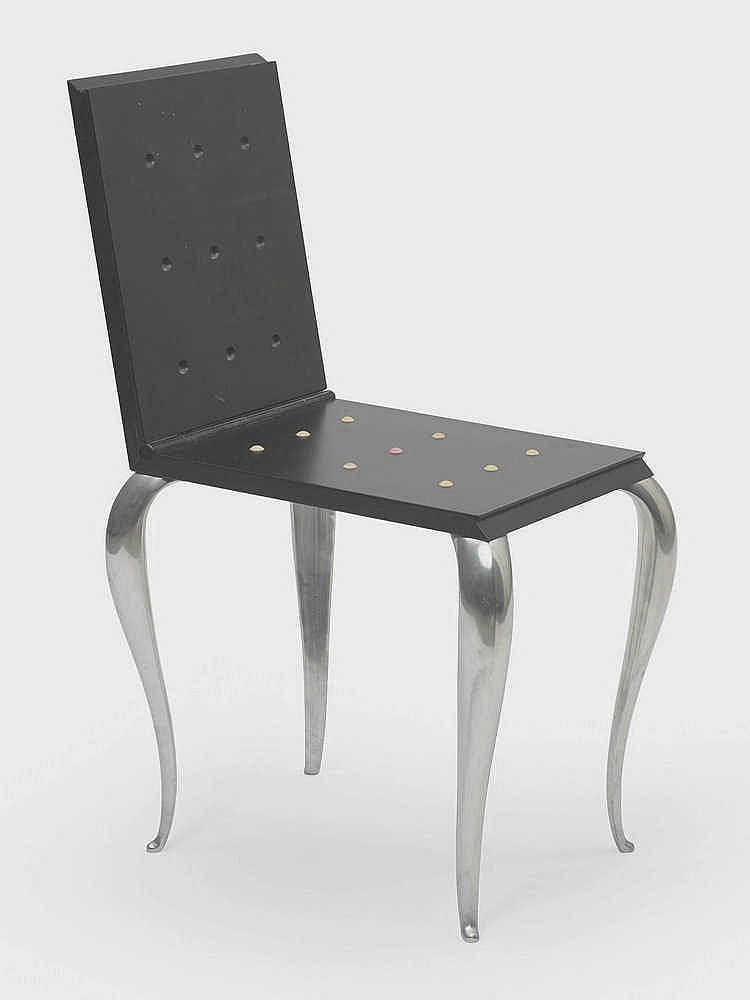 philippe starck n en 1949 table chaise lola mundo. Black Bedroom Furniture Sets. Home Design Ideas