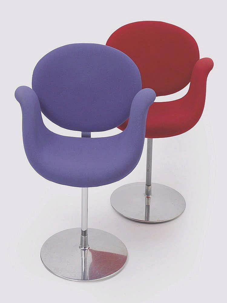 pierre paulin 1927 2009 deux fauteuils mod le f545 dits l. Black Bedroom Furniture Sets. Home Design Ideas