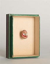 GEORGES HUGNET (1906-1974) PERSONNAGE Gouache sur galet dans son monta
