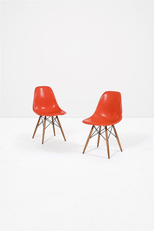 Charles eames 1907 1978 ray eames 1912 1988 paire de for Chaises ray et charles eames