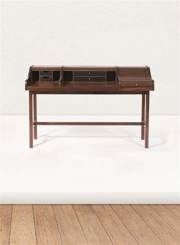 travail am ricain drexel bureau volets acajou teint ma. Black Bedroom Furniture Sets. Home Design Ideas