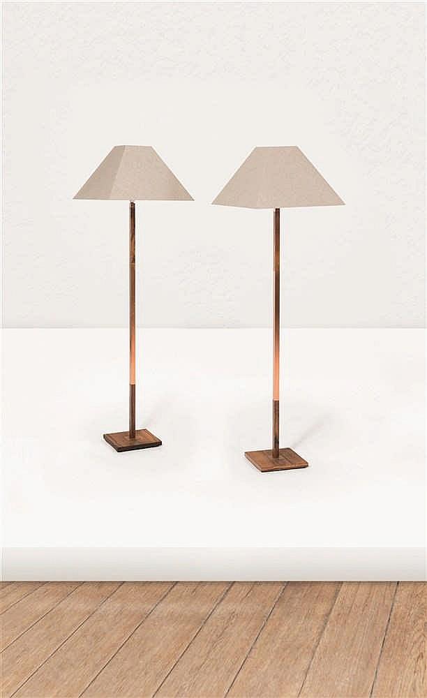 Travail scandinave paire de lampadaires palissandre et laito for Lampadaire style scandinave