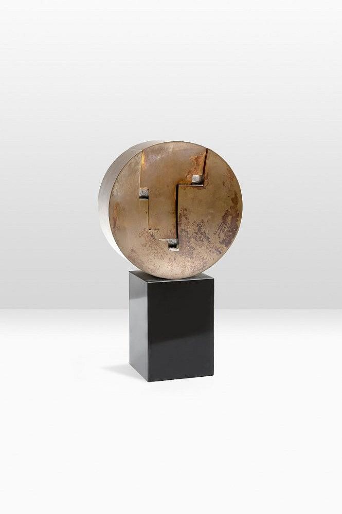Hilde VAN SUMERE (1932 - 2013) Visage Bronze sur s