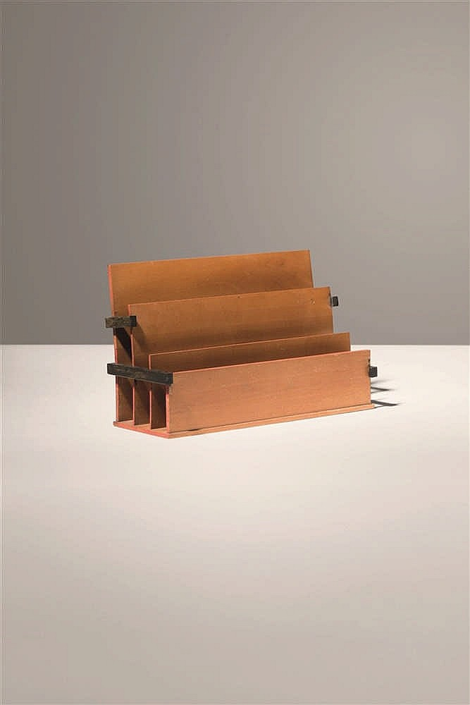 huib hoste porte courrier. Black Bedroom Furniture Sets. Home Design Ideas