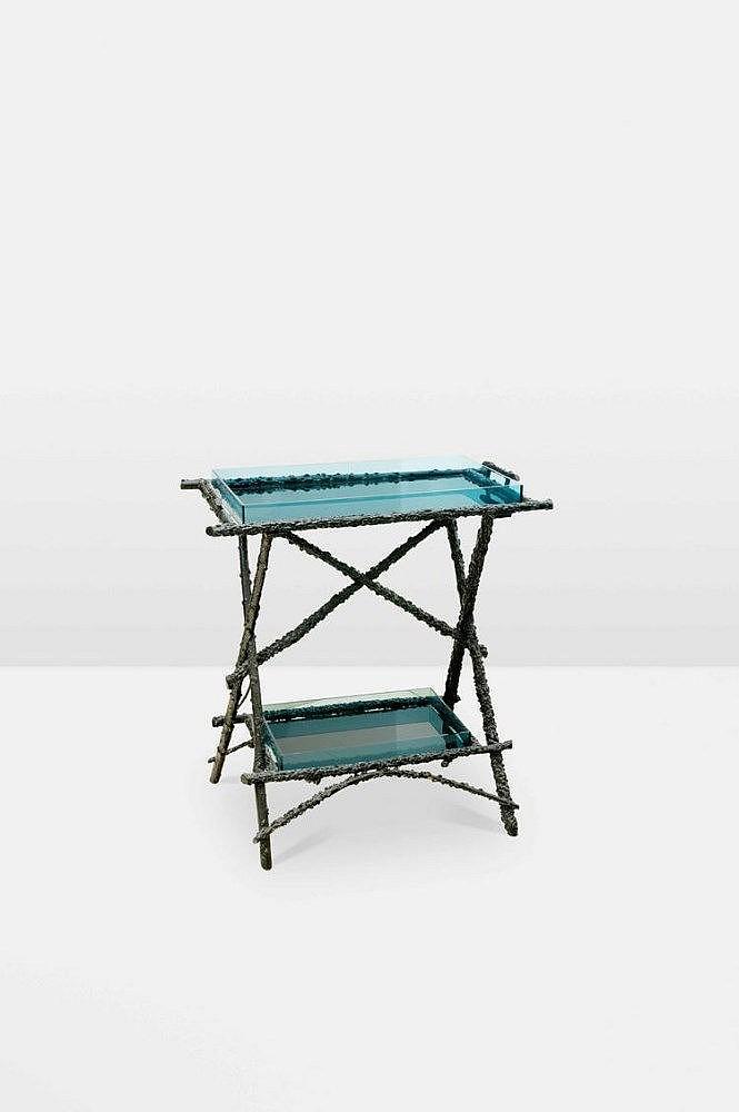 Table d appoint en bois imitation bois peint dou Table jardin imitation bois