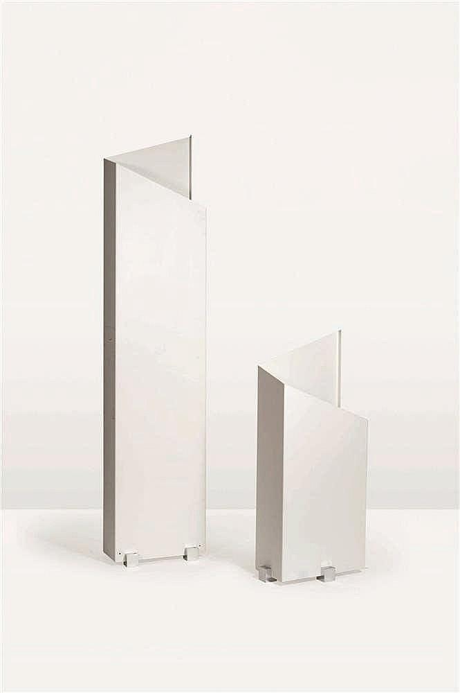 CHRISTOPHE GEVERS (1928-2007) Sculpture éclairante    Tôle d'acier pliée et
