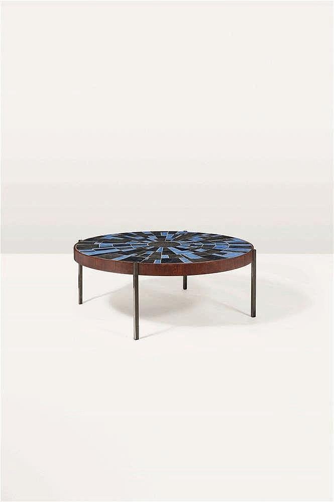 Roger Vandeweghe  Table basse Céramique et métal patiné bronze. Salontafel