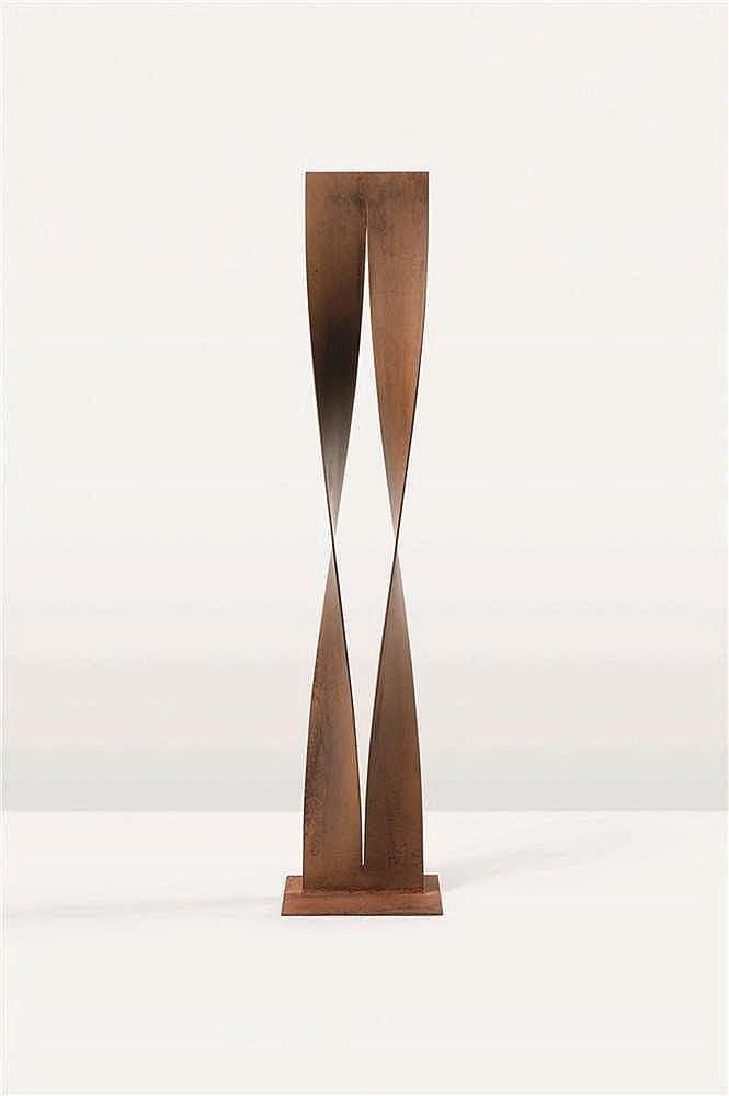 Walter Leblanc (1932-1986) Torsions, 1977-1978 Acier oxydé. Elle porte so
