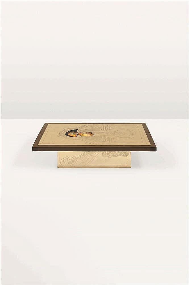 ARMAND JONCKERS (né en 1939) Pièce unique Table basse éclairante Résine, la