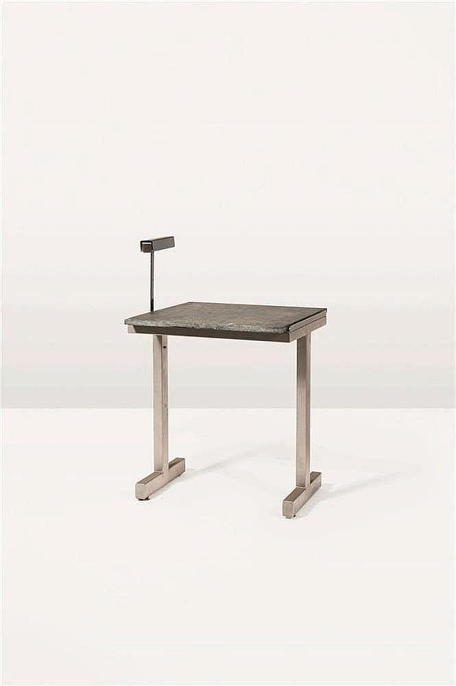 CHRISTOPHE GEVERS (1928-2007) Table et sa lampe d'appoint Pierre et tôle d'