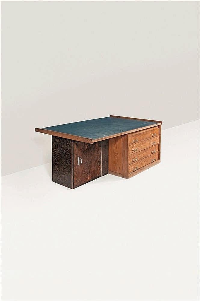 Louis Herman De Koninck (1896-1984) Bureau de l'artiste Orme, Linoléum bleu