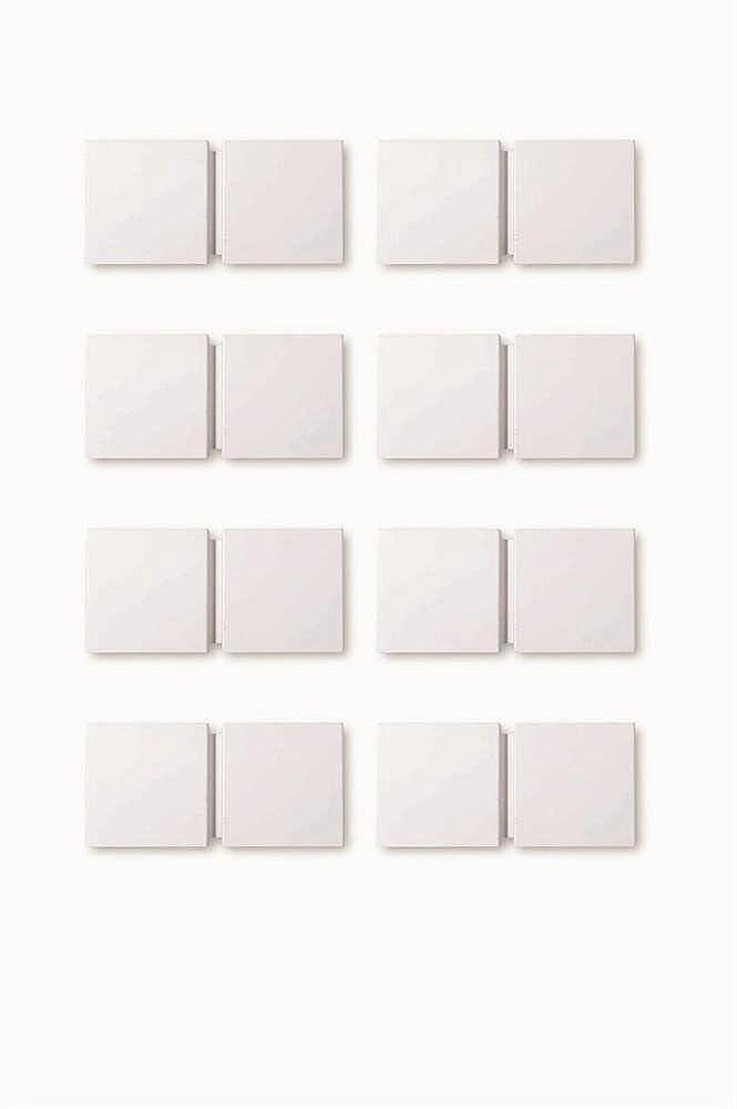 CHRISTOPHE GEVERS (1928-2007)   GE20 Paire d'appliques Métal laqué blanc. P