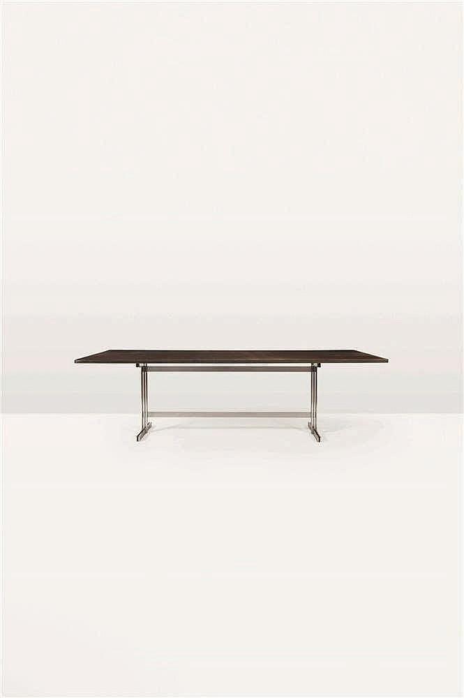 Jules Wabbes (1919-1974) Table/Bureau Bois massif reposant sur une structur