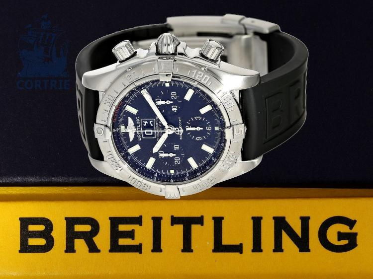 Wristwatch: high-grade diver's watch, certified chronometer, Breitling Blackbird Windrider Chronograph Ref.A44359, with box and certificates (NO LIVE FEE)