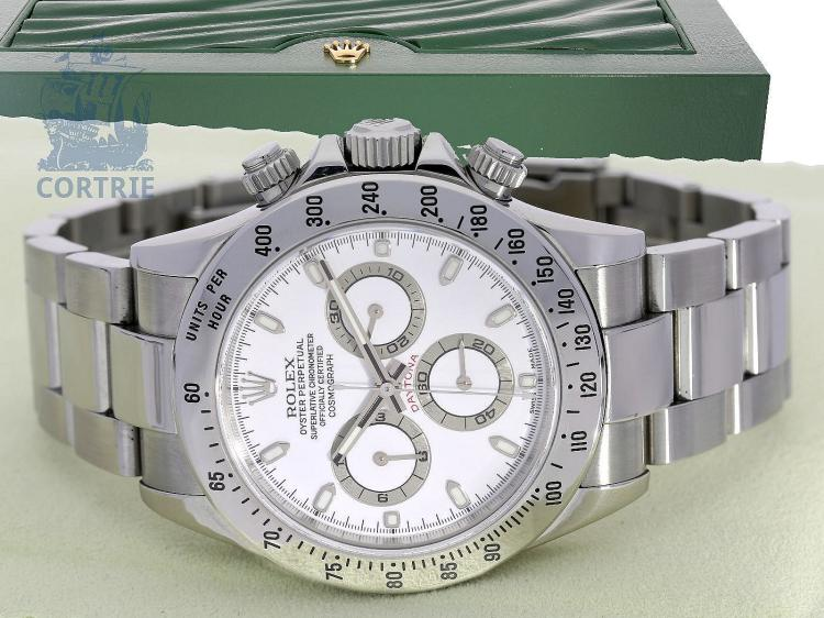 Wristwatch: popular Rolex chronograph, stainless steel, Cosmograph Daytona reference 116520, box and certificates, sold in 2005 (NO LIVE FEE)