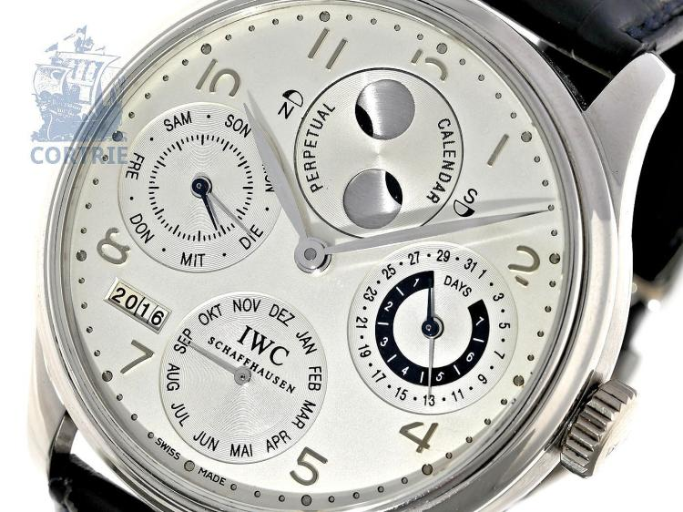 Wristwatch: exquisite and limited IWC Schaffhausen Portuguese 'Perpetual Calendar', PLATINUM, IWC Ref. 502111, limited to only 250 pieces, with original box and certificates (NO LIVE FEE)