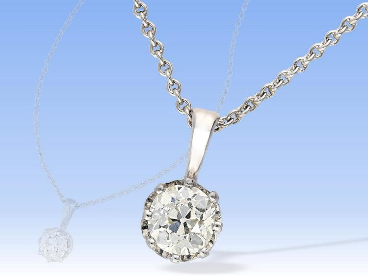 Diamond pendant on platinum chain