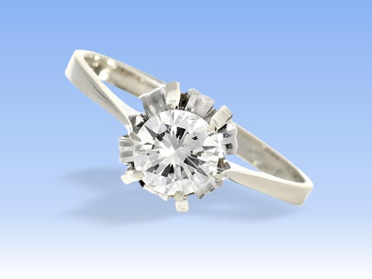 Diamond solitaire ring 0,7ct