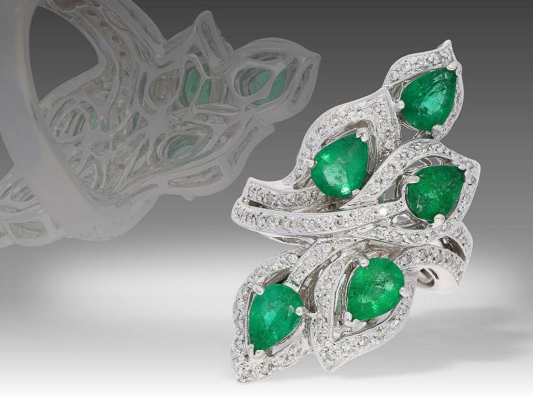 Ring: einzigartiger, schwerer vintage 18K Goldschmiedering mit Smaragden und Diamanten, ca. 3,5ct