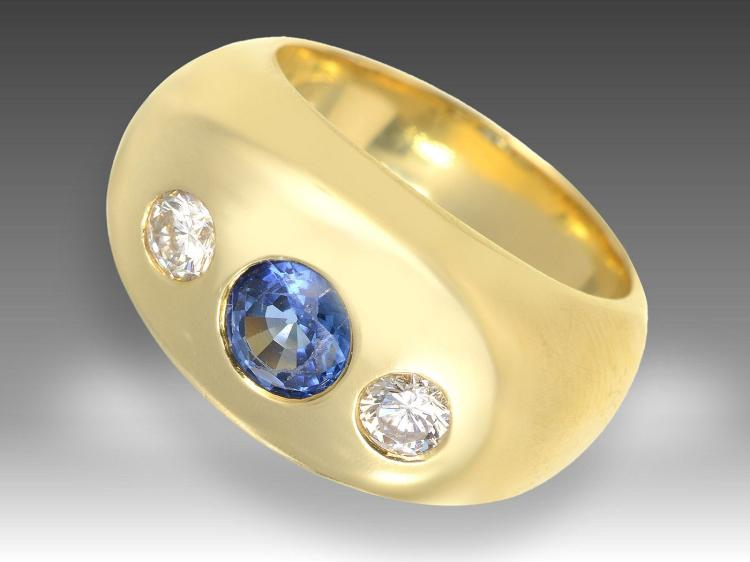Heavy and high-quality sapphire and diamond ring