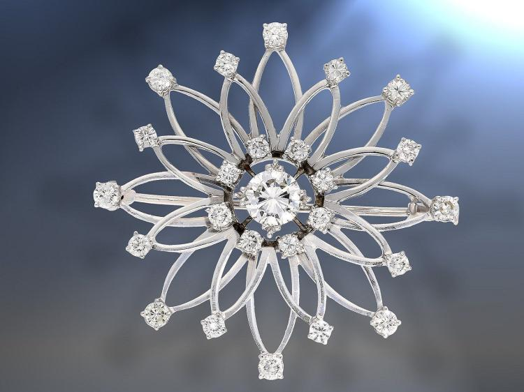 High quality vintage diamond brooch