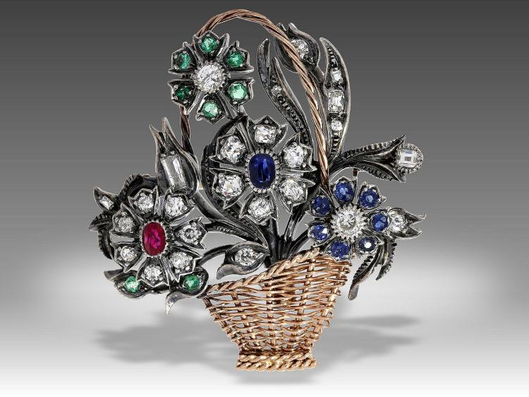 Very nice vintage flower brooch