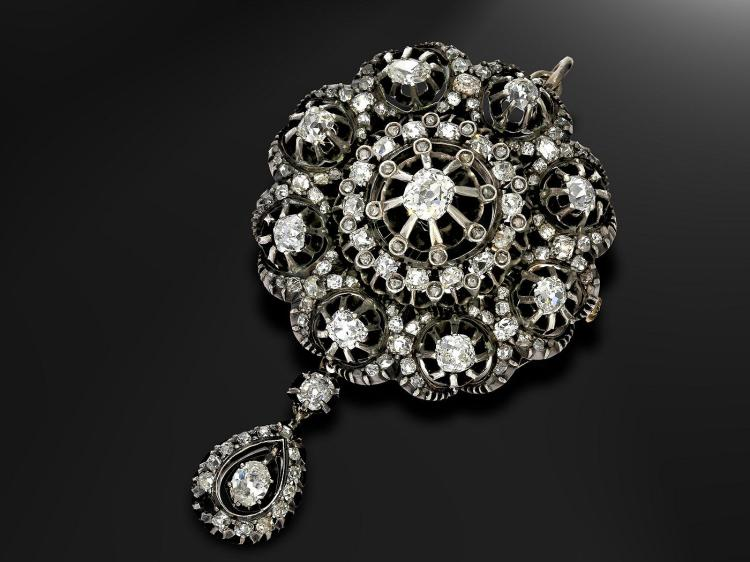 Antique diamond brooch/ pendant, approximately 5.5 carat, probably Russian