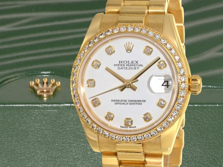 Armbanduhr: Luxus-Ausführung einer 'ROLEX OYSTER PERPETUAL DATEJUST 31mm MIDSIZE' mit originaler Brillant-Lünette und Diamant-Zifferblatt, Originalbox und Papiere von 2007