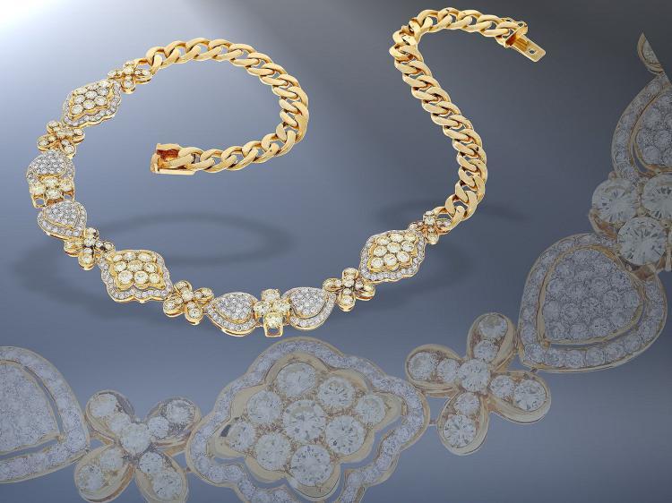Kette: äußerst hochwertiges Brillant-Collier mit natürlichen gelben Farbbrillanten und weißen Brillanten, zusammen 12,7ct