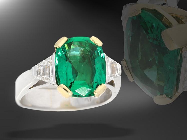 Ring: exklusiver Platinring mit Smaragd hervorragender Qualität und 2 Trapezdiamanten, Smaragd 3,55ct, Zertifikat IGI Antwerpen