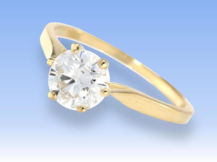Diamond solitaire ring, approximately 1 carat