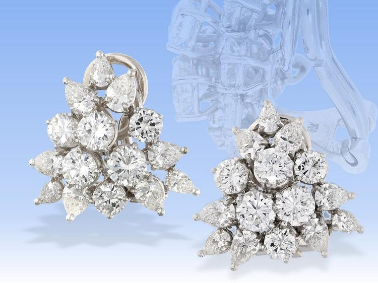High quality diamond earrings, approximately 4.52ct of finest diamonds
