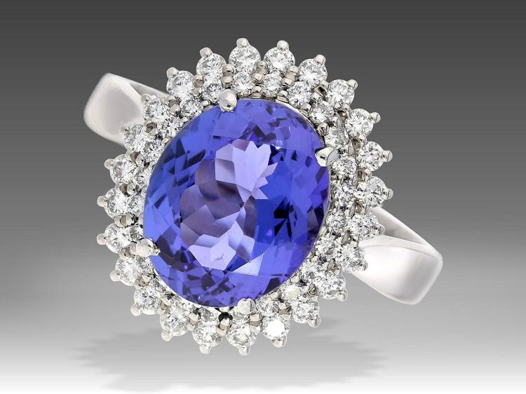 Diamond and tanzanite ring, high-quality