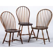 6 Singles Two Carvers A Set Of 8 Carved Walnut Barley Twist Chairs