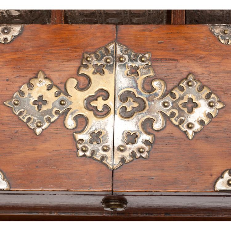 Arts and crafts oak tantalus with metal fixtures for Metal arts and crafts