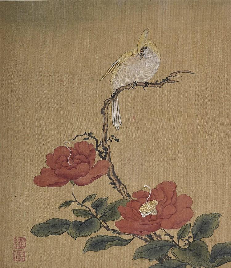 Album de peintures à l'encre et polychromie sur soie, fleurs et oiseaux. Traces d'or. Cachets en rouge de cinabre