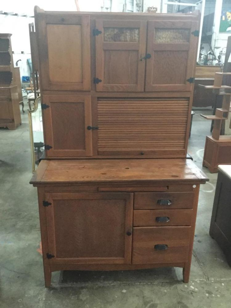 Antique hoosier style kitchen queen cabinet in good conditio for Kitchen queen cabinet