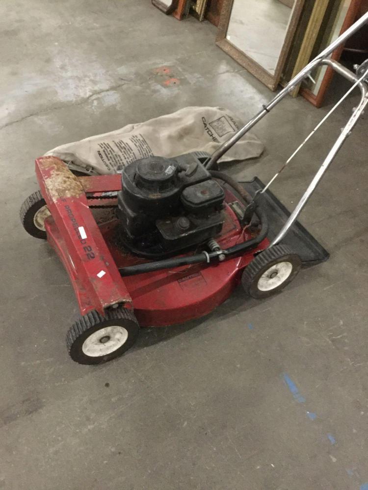 Vintage Target Self Propelled Lawn Mower W Grass Catcher Cl