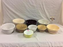 Set of 9 vintage ceramic and glass mixing bowls by Pyrex, Marcrest, etc - see pics