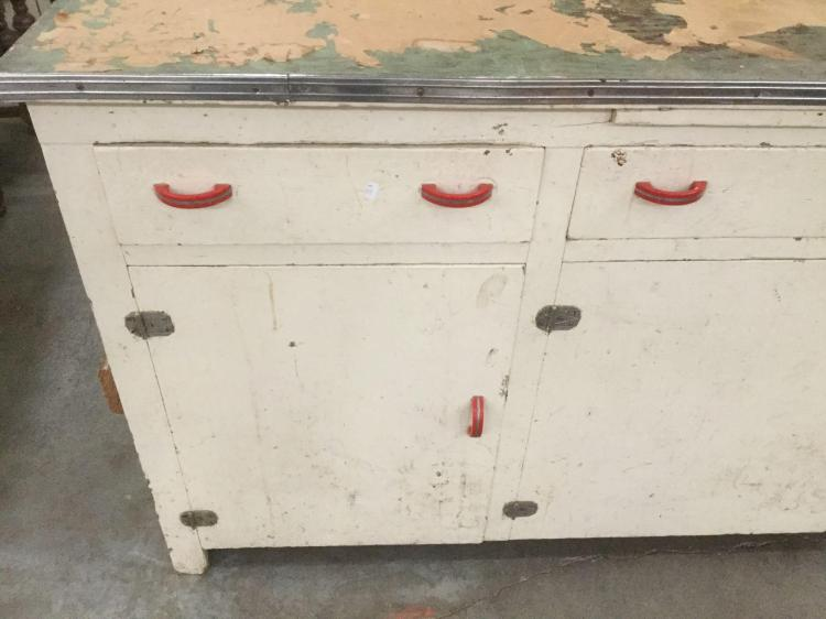 Antique hoosier kitchen queen cabinet bottom with metal top for Kitchen queen cabinet
