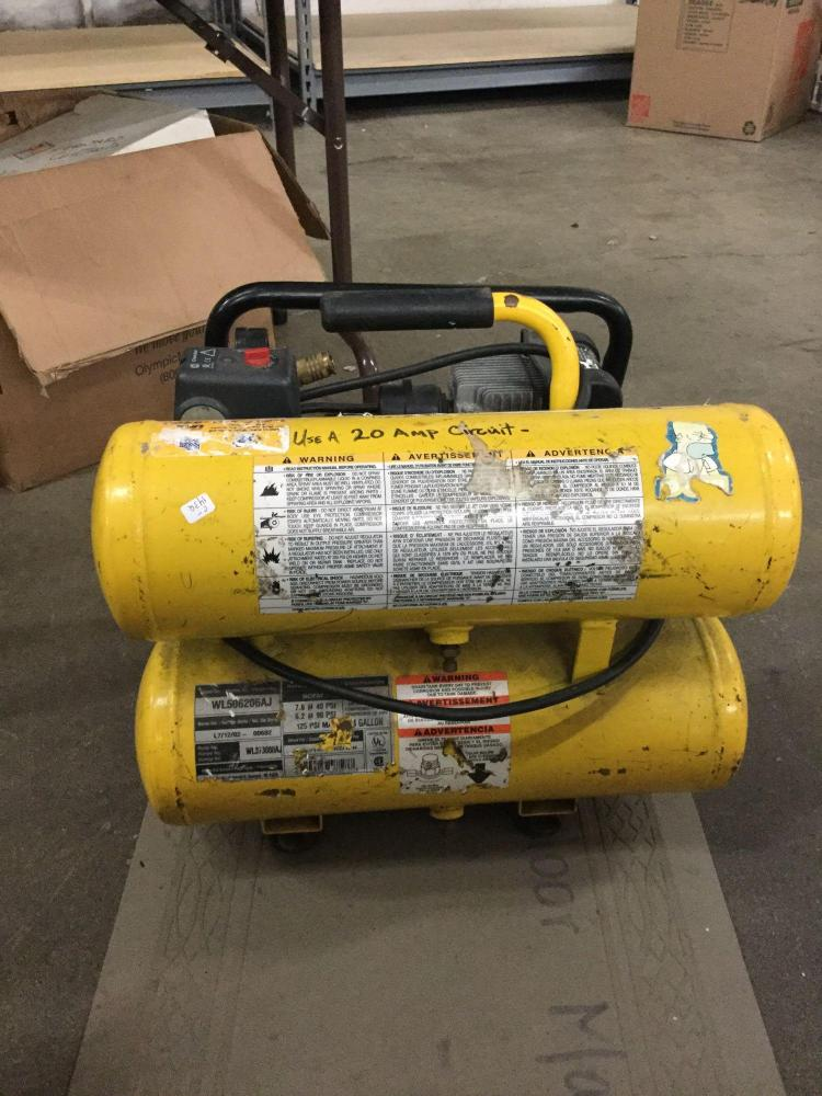 Extreme Contractor Series Air Compressor With 50 Ft Of Hose