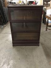 Shelves Bookcases For Sale At Online Auction Buy Modern Antique Shelves Bookcases