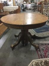 Lovely Antique pedestal table - no leaves - fair cond